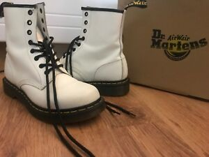 Dr Martens (Authentic) Size 9 for women