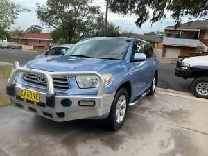 2007 Toyota Kluger KX-R 7 Seats excellent with full log books. Mount Pritchard Fairfield Area Preview