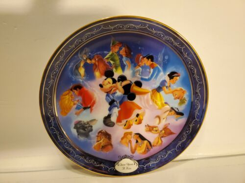 Bradford Disney Once Upon A Kiss Collector Plate Magical Moments RARE Hand Fired