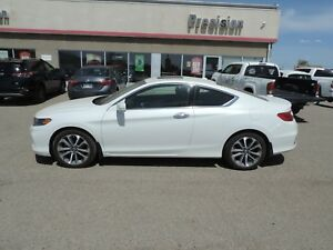 2013 Honda Accord EX-L-NAVI V6 Accident Free!! Local One Owne...