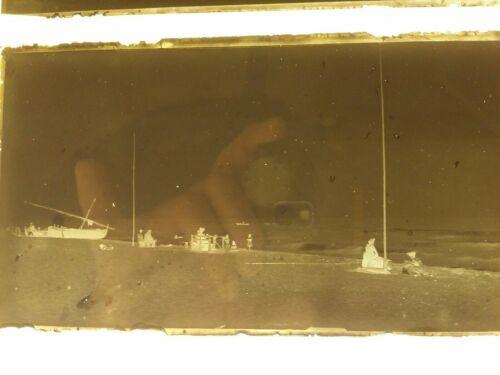 Photographie barque catalane canet plage bistrot pyrenees orientales négatif