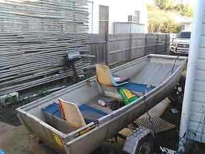 10ft punt 5 hp on trailer tinnie boat East Lismore Lismore Area Preview