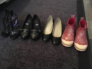 4 Pairs of Size 6 Shoes