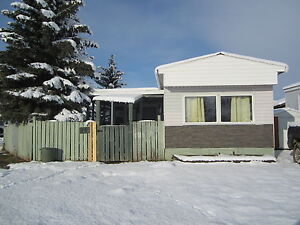 **NEW** Well kept mobile on rented lot! Strathcona County Edmonton Area image 1