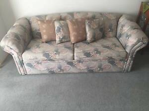 Floral pattern 3 seater sofa bed PRICE REDUCED Wodonga Wodonga Area Preview