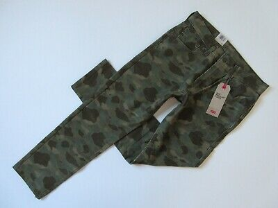 Moss Camo (NWT Levi's 502 Taper in Dark Moss Camo Camoflauge Stretch Corduroy Pants 29 x 30)