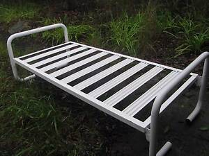 Single bed frames x 4 Kurrajong Heights Hawkesbury Area Preview