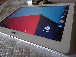 Samsung Galaxy Tablet 10.1 inch  16GB in excellent condition ! Shailer Park Logan Area Preview