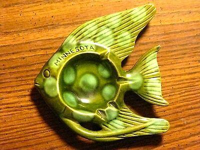 VINTAGE RETRO TROPICAL FISH THEMED ASHTRAY GREEN MINNESOTA SOUVENIR ART DECOR