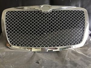 Chrysler 300C Front Grill - never used Springfield Lakes Ipswich City Preview