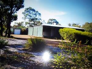 KENDENUP HOUSE ON HALF ACRE OPP GOLF COURSE 2 TITLES Armadale Armadale Area Preview