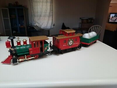 LIONEL the Ornament Express Train Set Gorgeous train in Great shape. Missing box