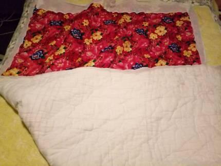 100% cotton quilt in good condition Florey Belconnen Area Preview