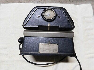 Vintage The Cincinnati Time Recorder Co. Time Clock. Clock Does Run.