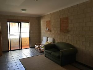 One bed room unit UWA Broadway Nedlands Kensington South Perth Area Preview