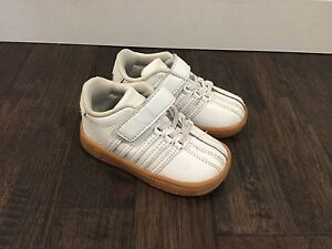 K-Swiss white leather toddler shoes - size 5
