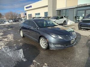 2013 Lincoln MKZ V6 AWD fully loaded looking to sell quick!!!