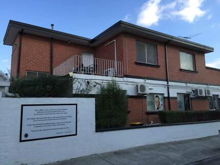 Shared 4 bedroom Townhouse - Lygon East Brunswick NO BILLS! Princes Hill Melbourne City Preview