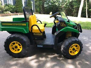 John Deer Motorized 12 Volt Ranger