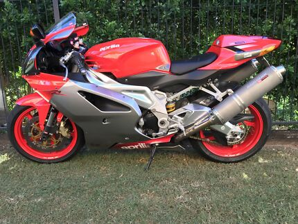Aprilia rst 1000 futura for sale motorcycles gumtree australia aprilia rsv1000r fandeluxe Choice Image