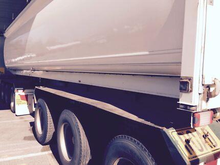 Grain trailer Oakford Serpentine Area Preview