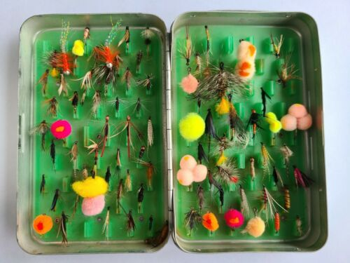 Assorted Variety Used Fly Fishing Flies in Case (About 86 Flies) Estate Rescue