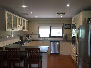 Kitchen Axedale Bendigo Surrounds Preview