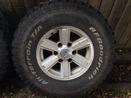 """15"""" factory Ford Courier wheels Balmoral Brisbane South East Preview"""