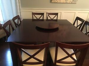 Beautiful bar height table with 8 chairs!