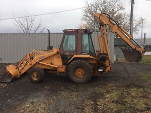 Wanted , digging bucket for case 580