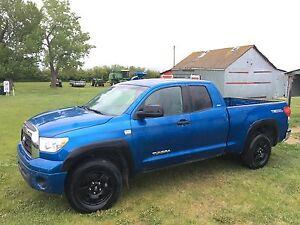 2008 Toyota Tundra SR5 / TRD off-road Pickup Truck