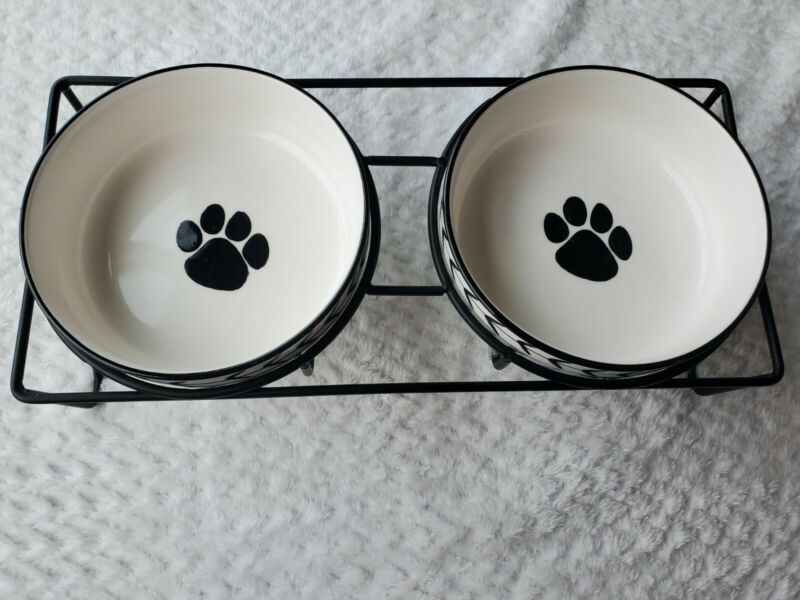 White Arrow Raised Pet Food & water Dish Farmhouse Cat Dog Ceramic bowl set