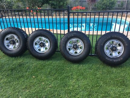 Mickey Thompson Baja ATZ, 100 series landcruiser wheels