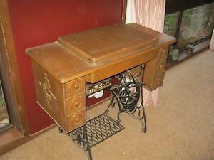 1950's Singer Sewing Machine Kambah Tuggeranong Preview