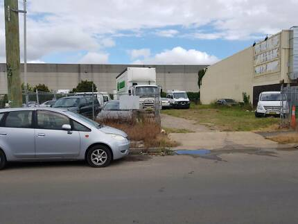 Vacant Land For Rent In Granville/Store Trucks/Cars/Equipment/etc