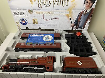 Lionel Hogwarts Express Battery Powered Train Set with Remote & Sounds