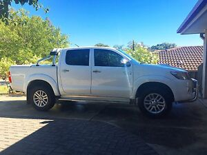 2014 Toyota Hilux SR5 Modbury Heights Tea Tree Gully Area Preview