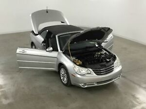 2008 Chrysler Sebring Touring Convertible Tres bonne condition !