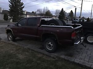 2000 DODGE DAKOTA 4x4 FOR SALE