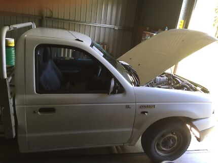 Wrecking 2006 ford courier  Morayfield Caboolture Area Preview