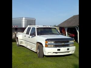 95 Chev Dually Diesel 4x4