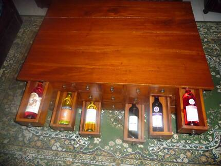 wine / liquor storage & coffee table [All In One]