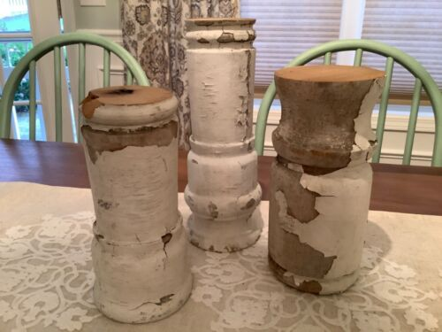 Set Of 3 Antique Wood Pillars Candle Holders White Chippy Vintage