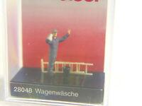 Preiser 28048 Wagenwäsche 1 Figur H0 handbemalt Neu