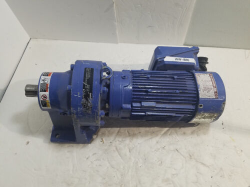 SUMITOMO 3 PHASE INDUCTION MOTOR 1/2 HP ( USED ) model CNHMS05-6105DAYB-143