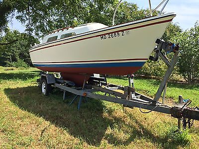 O'day 22' sailboat with trailer