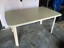 Extendable dining table with 6 dining chairs. Beaconsfield Fremantle Area Preview