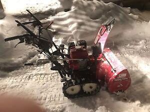 7HP Honda trac snowblower