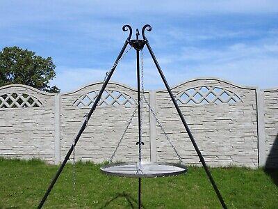 Gartengrill Schwenkgrill Holzkohlegril Dreibein Höhe 200cm Fläche 70cm