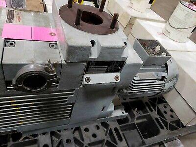 Leybold-heraeus Model D40b Vacuum Pump With 3hp Siemens Motor